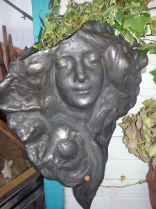 Frauenkopf Jugenstil Bronze Keramik