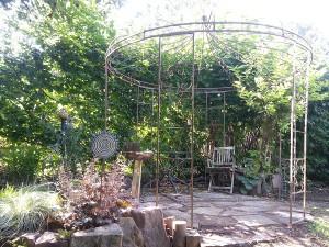 Pavillon de jardin avec céramique de Brigitte Lang Rauenberg