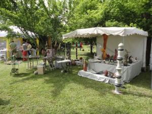 Marktstand im Schloß Alsheim - Art-Festival am Pfingsten