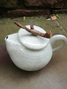 Teekanne weiß von Keramik-Atelier Brigitte Lang in Rauenberg