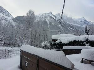 Chalet Les Lupins Chamonix Mont-Blanc  terrasse enneigée