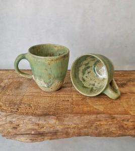 Tasse Moorland - hellgrün-Perlmutt von Keramik-Atelier Brigitte Lang in Rauenberg