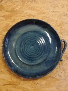 Servierplatte blau mit Henkel von Keramik-Atelier Brigitte Lang in Rauenberg