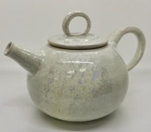 Teekanne Perlmutt von Keramik-Atelier Brigitte Lang in Rauenberg