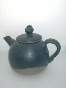 Teekanne schwarz von Keramik-Atelier Brigitte Lang in Rauenberg